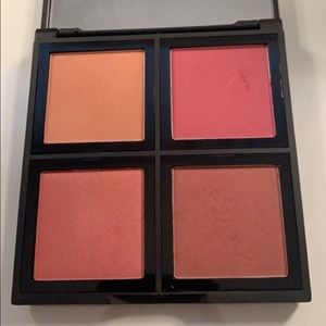 Elf Blush Palette in Dark